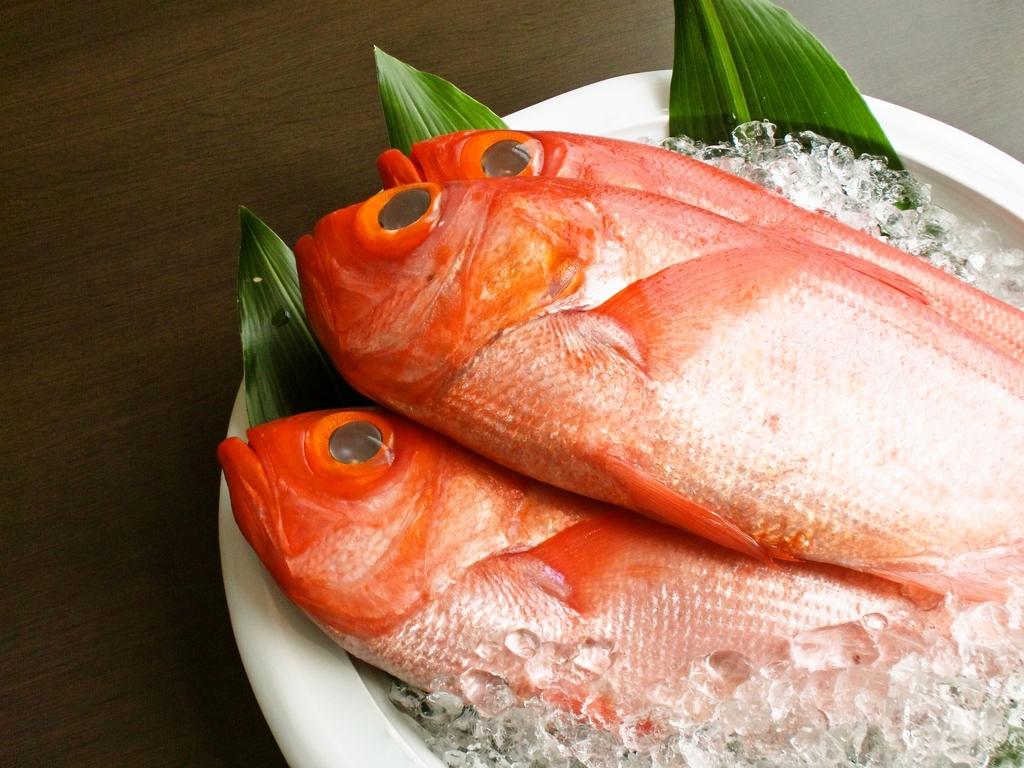 【食への拘り】料理長拘りの金目鯛姿煮付き懐石