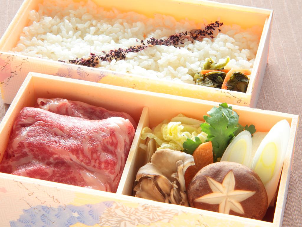【夕食/テイクアウト】山形牛すき焼き煮弁当(イメージ)