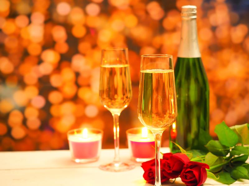 シャンパンで乾杯♪※イメージ