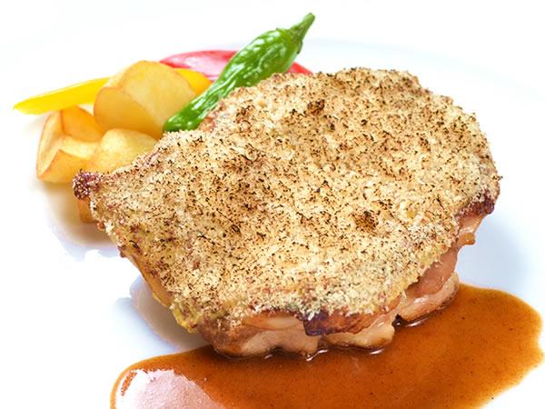 メイン料理(チキン)の一例 チキンのグリル