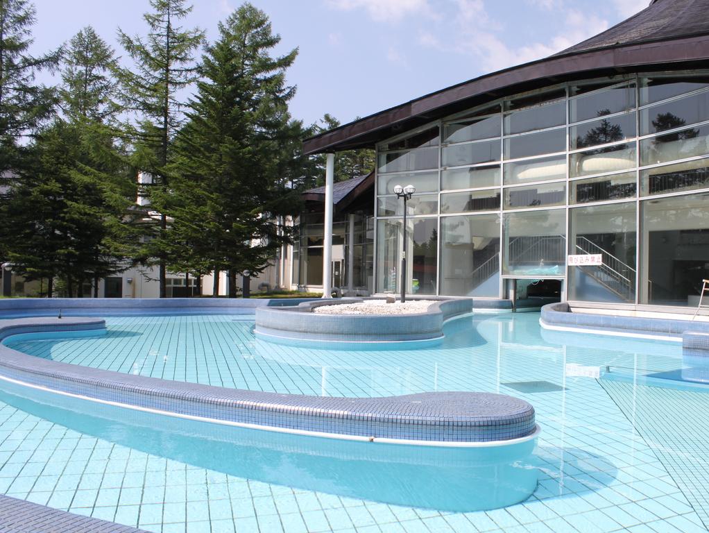 7/23〜8/30までは、期間限定で屋外プールがオープン!
