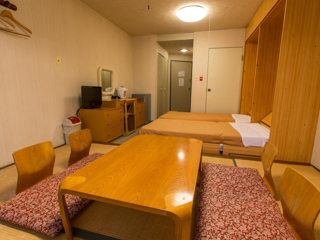 【ホテルからお車で5分】ヴィラ2客室一例(和洋室タイプ 124号室 28�u)