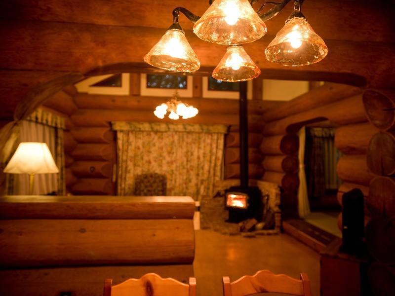 【誰にも邪魔されない二人の空間】ログハウスでちょっと贅沢なクリスマスを過ごしませんか。