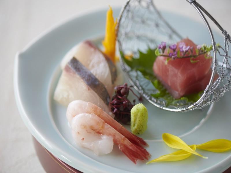 群馬の夏野菜を使って調理する全8品のコース料理です。(イメージ)