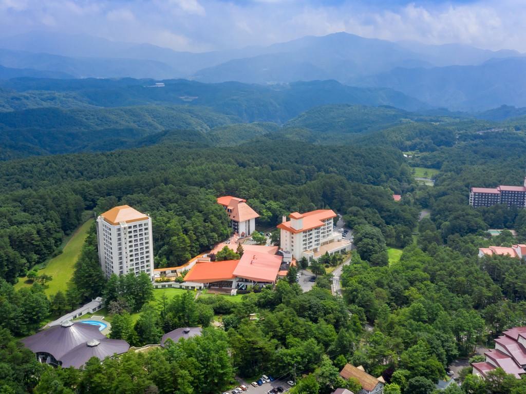 【豊かな自然に囲まれた、草津温泉ホテルヴィレッジ】標高1200メートル森に囲まれたリゾートホテルです♪