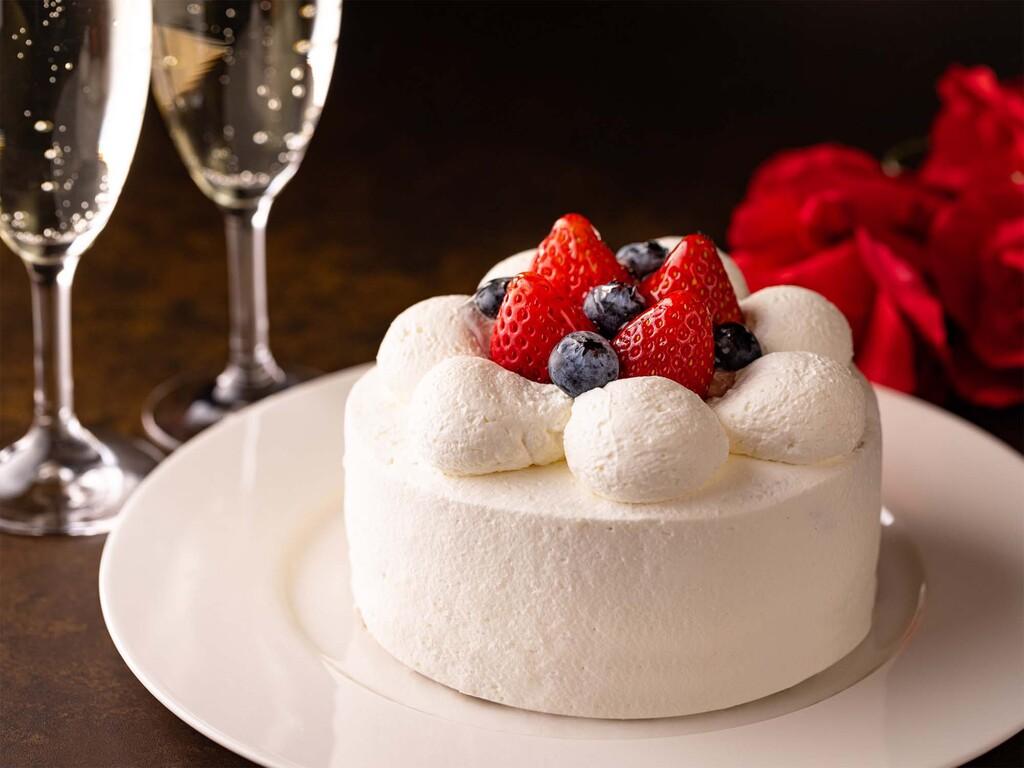 お祝いにピッタリのケーキ