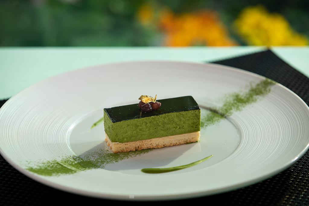 新緑を感じる、パティシエ渾身の抹茶スイーツの数々をお楽しみください。