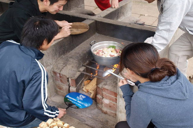 仙台秋の風物詩・芋煮会