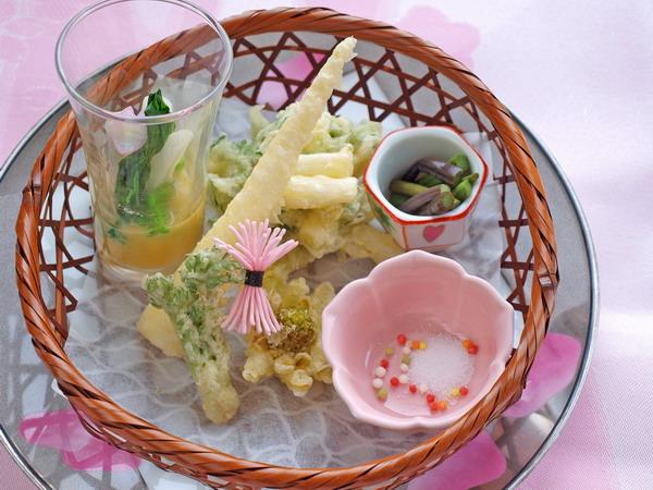 山菜料理の盛合せ