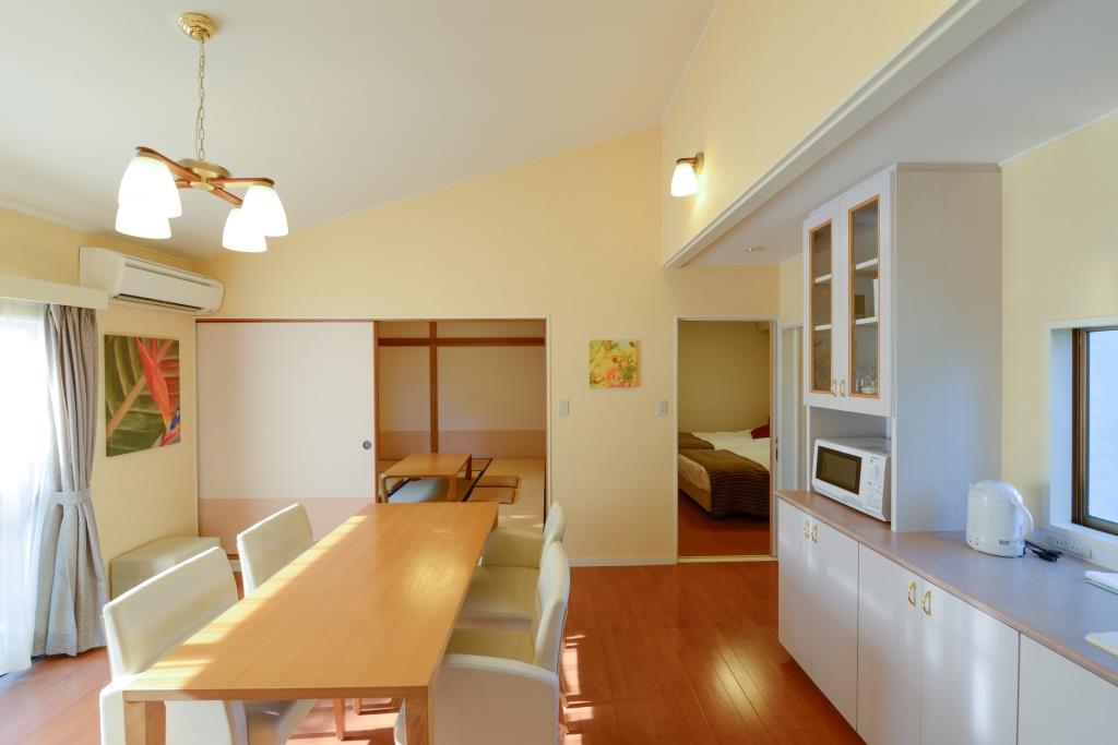 御蔵島 和洋室一例
