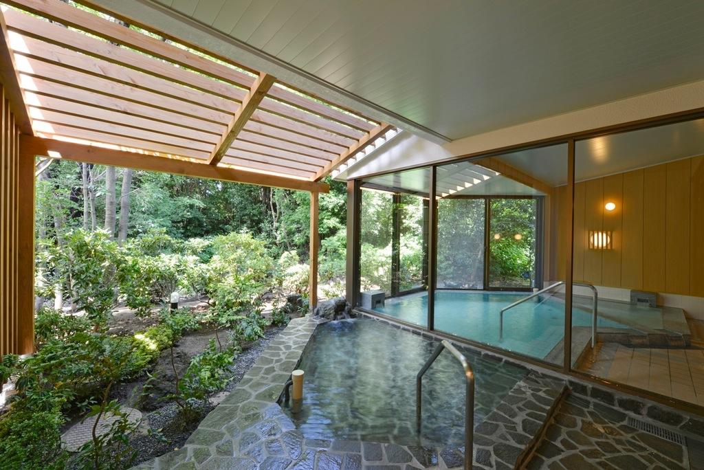温泉掛け流し大浴場