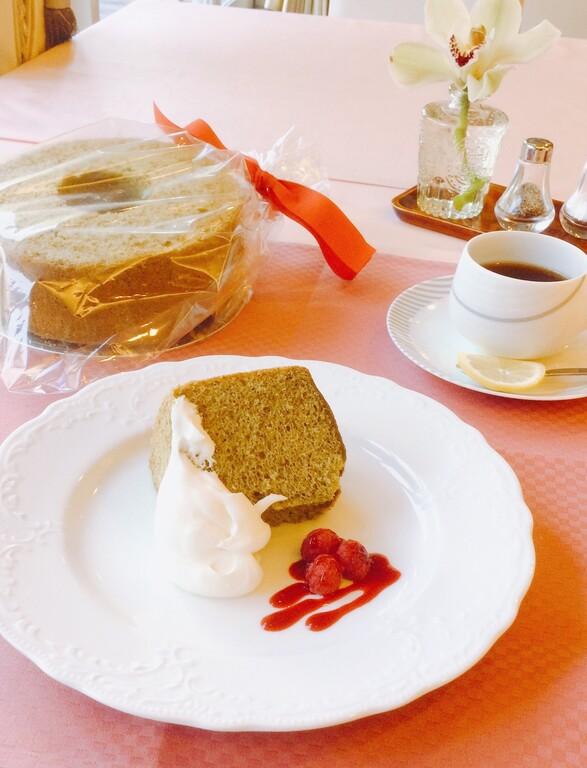 抹茶シフォンケーキ