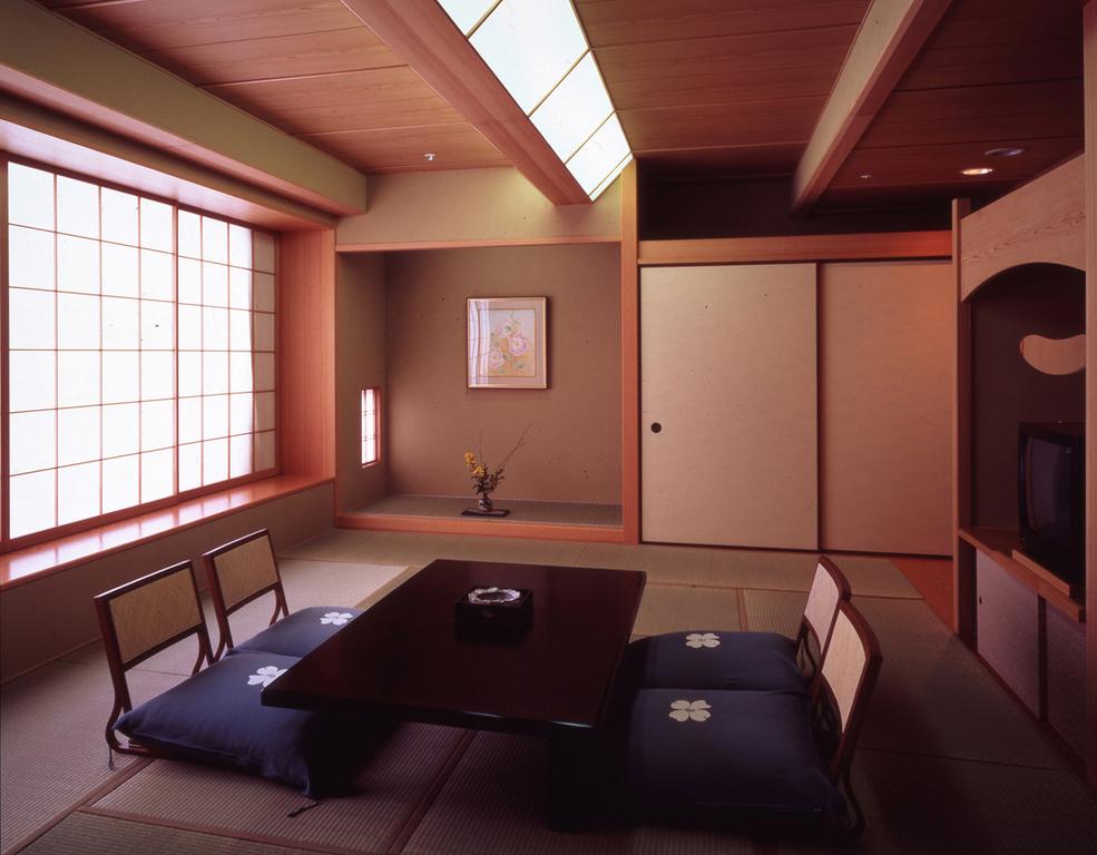 ■客室一例■<BR>和室10畳のお部屋をご用意いたします