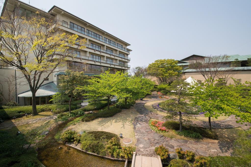 ■ホテル花水木別館■