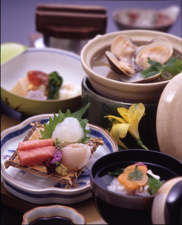■憩プラン■<BR>豊富な海の幸から自然の山の幸まで<BR>季節に合わせたお食事をご用意いたします