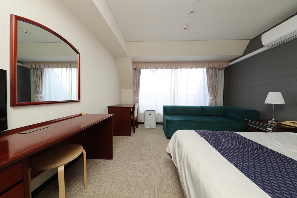 シングルお部屋広々20平米 バルコニー付