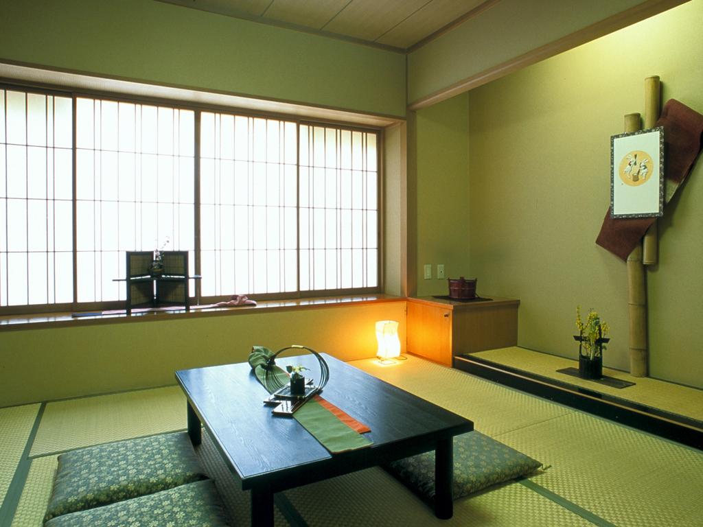 【個室休憩室】