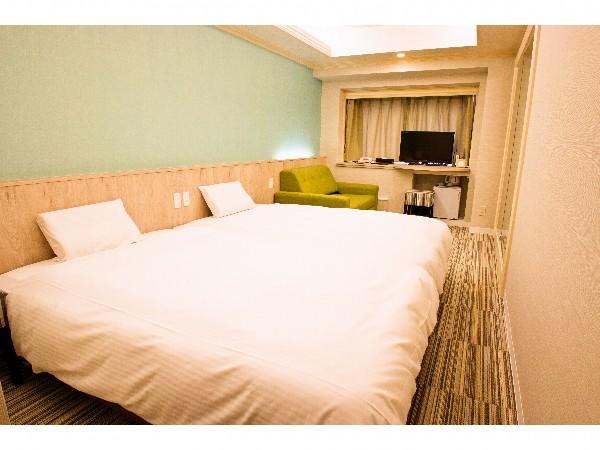 ベッドとベッドが一体となり、幅2.8mのベッドに☆川の字で仲良く滞在♪♪