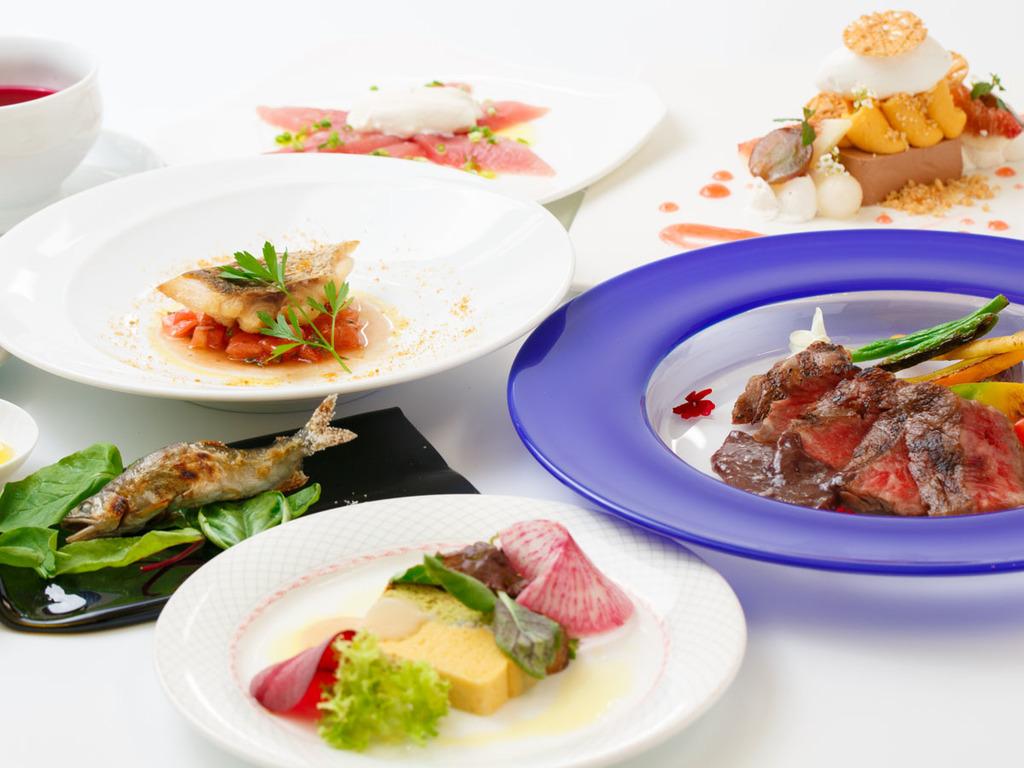 里山美食フルコース/メインは北陸のブランド牛・能登牛。食材に恵まれた富山の旬素材を生かしたお料理です