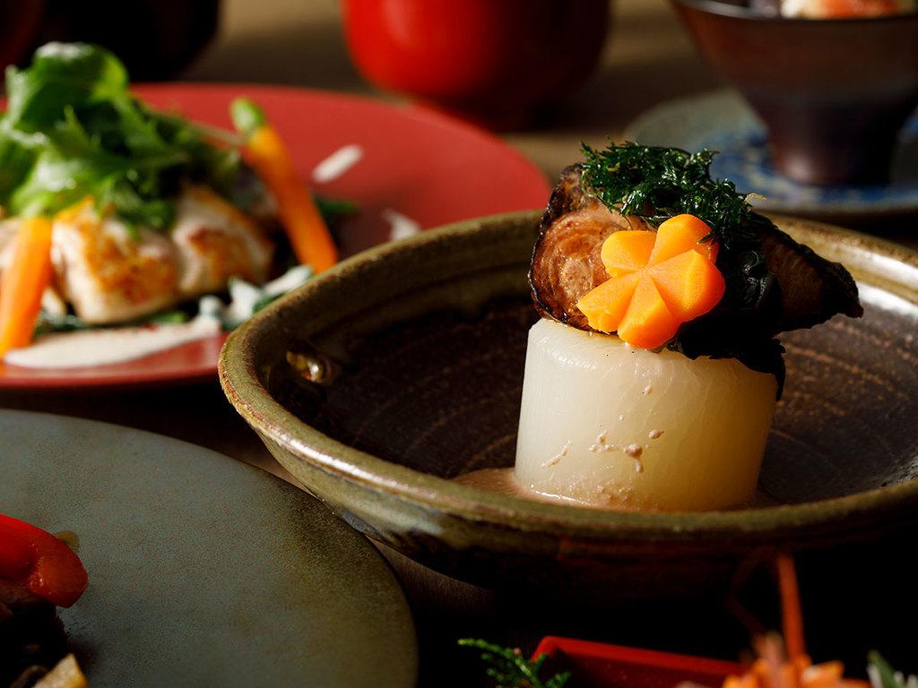 お食事は富山の幸でおもてなし