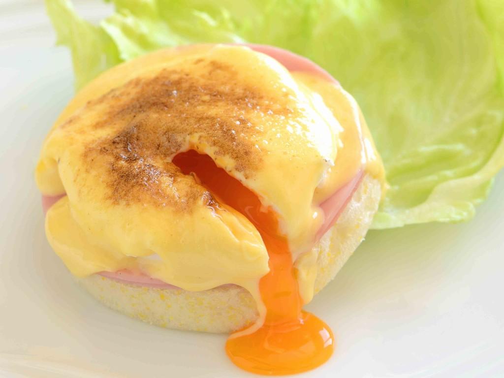 ハースフロア朝食 エッグベネディクト(イメージ)