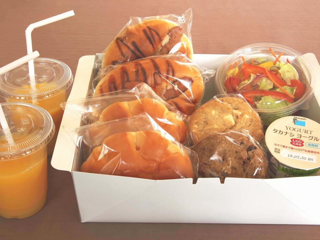 ベーカリーモーニングボックス サラダ付き(2名様分のイメージ)