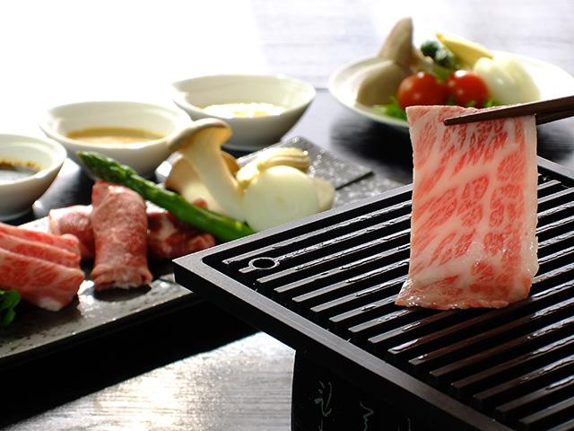 松阪牛と松阪豚の焼きシャブ