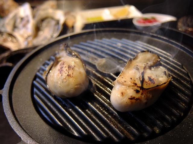 かろかろ風陶板焼き牡蠣