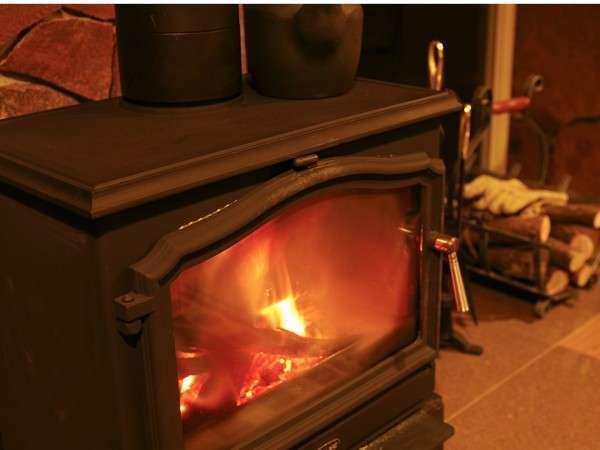 暖炉(薪ストーブ)