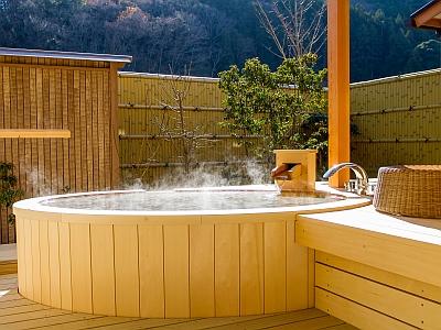 【お部屋】露天風呂付客室・ひば風呂一例