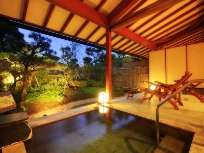 【お部屋】庭園付露天風呂客室(石風呂)