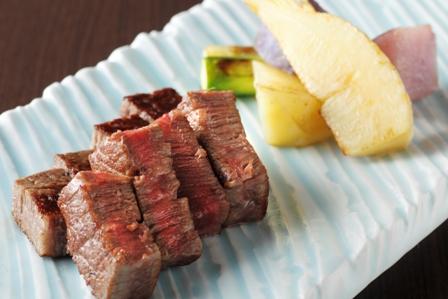 鉄板焼で楽しむ十勝産黒毛和牛 (写真はイメージ)