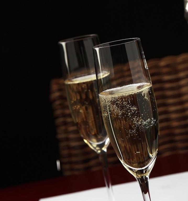 特別な時間をスパークリングワインで乾杯