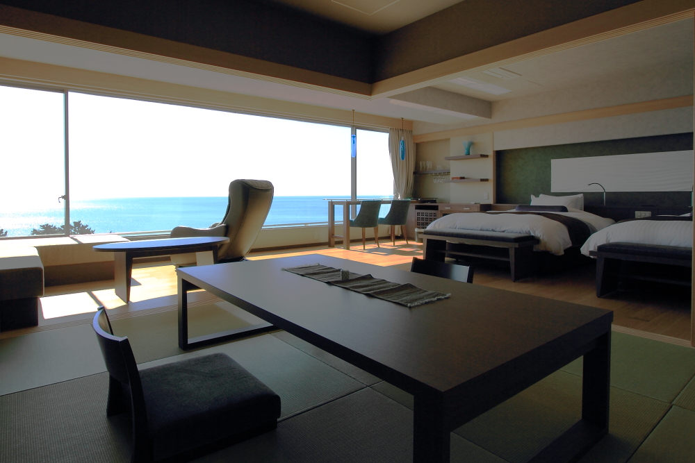 お部屋の何処からでも、海を眺める事が出来ます。