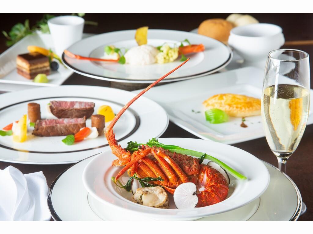地元愛知の尾張牛フィレ肉やロブスターなど豪華食材を楽しめるフレンチディナーコース