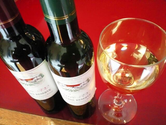 カップルプランなどに付く無料特典のワインイメージ