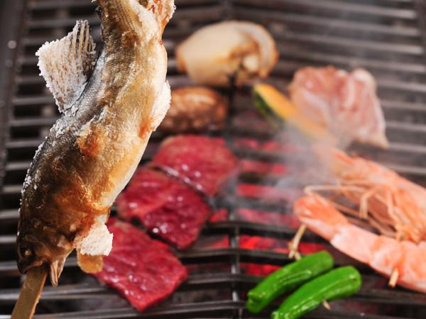 【山の茶屋で炭火焼き】お肉食べ比べプラン