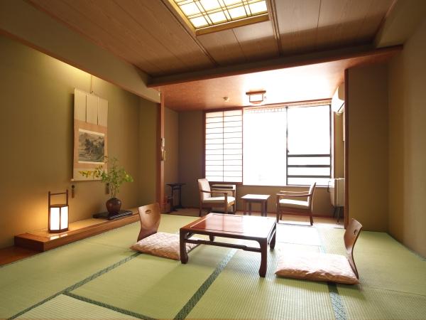 お部屋 和室(一例)和室8畳〜10畳。各客室とも和風の佇まいを活かしたお部屋です。