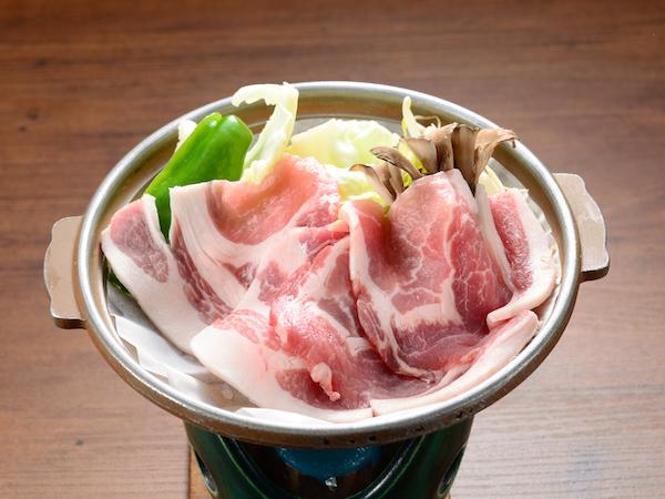【上州もち豚】季節感あふれる手作り料理で、心をこめておもてなしいたします。