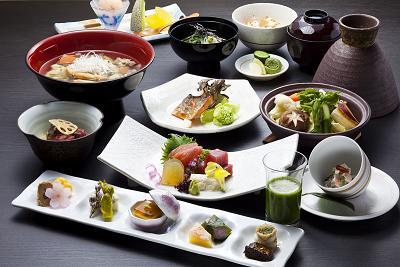 【夕食】月替り和食会席 一例