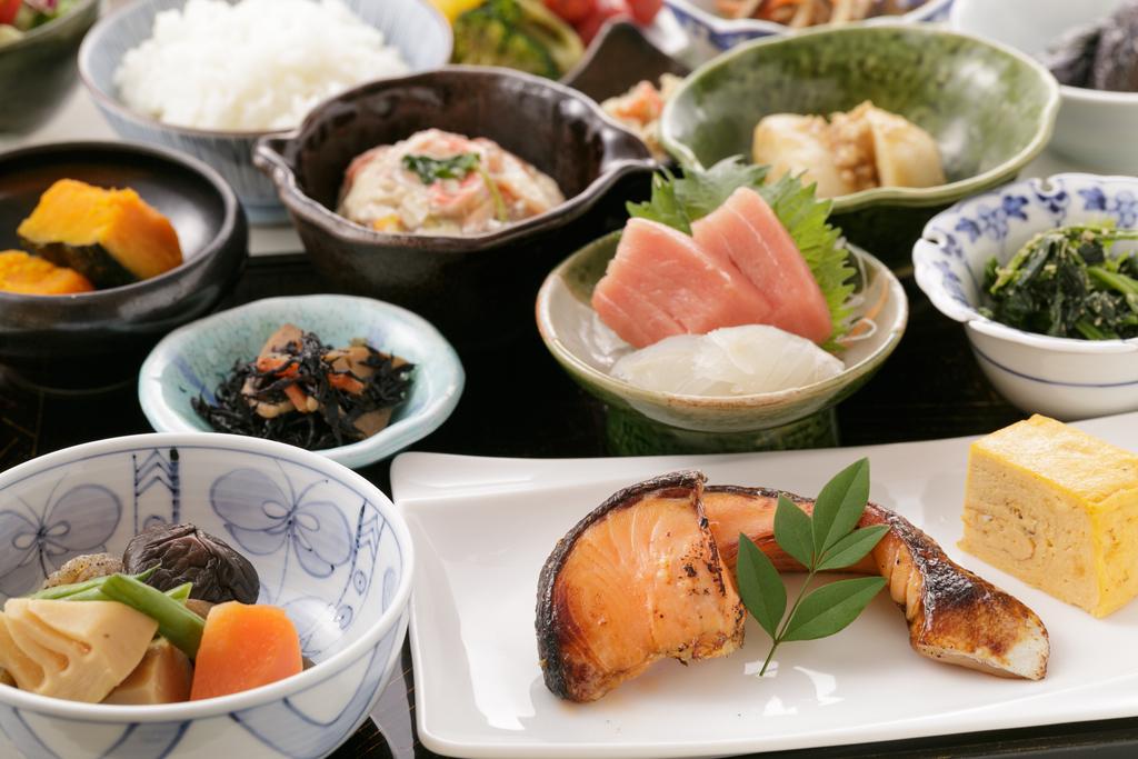 当ホテル自慢の東京ブッフェが1,800円でお楽しみ頂けます!!
