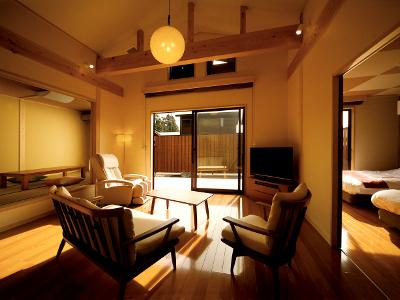 離れ一棟建てのゆったりとした空間 (別邸つきの里・客室一例)