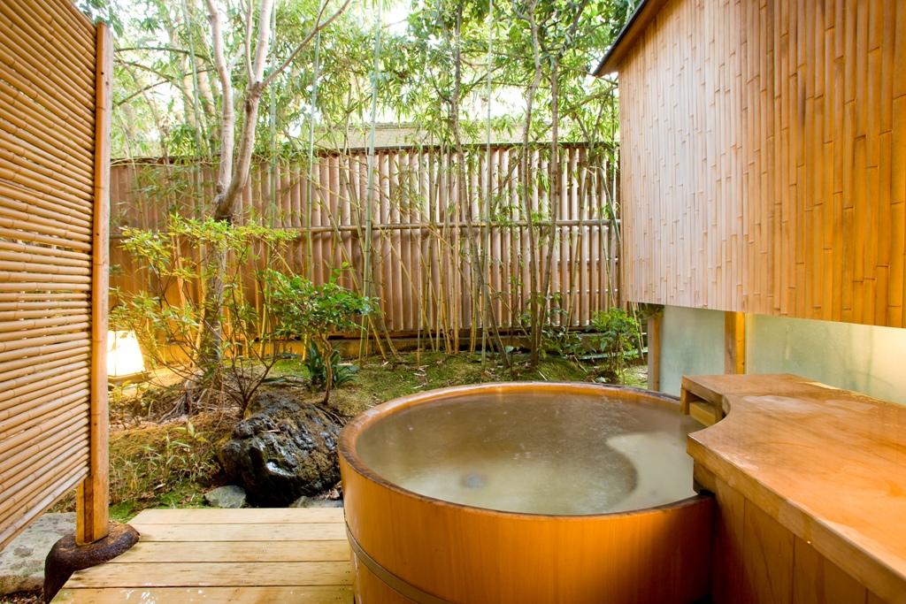 庭園側露天風呂付数寄屋和室