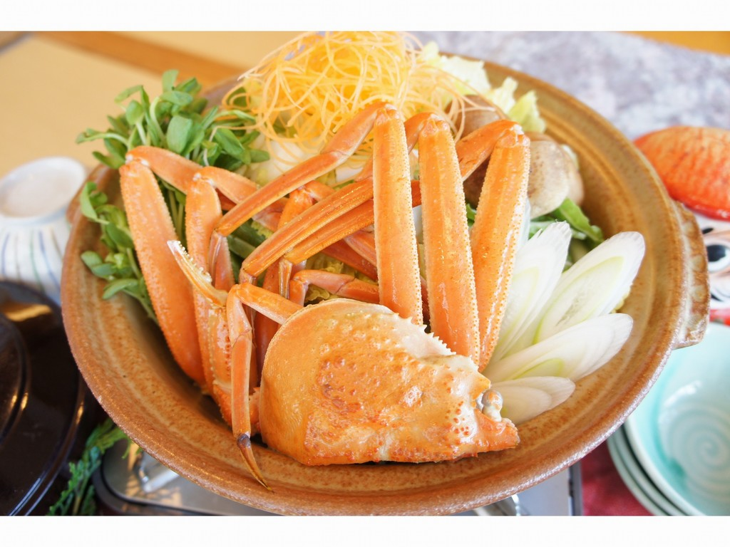 地元野菜で蟹鍋
