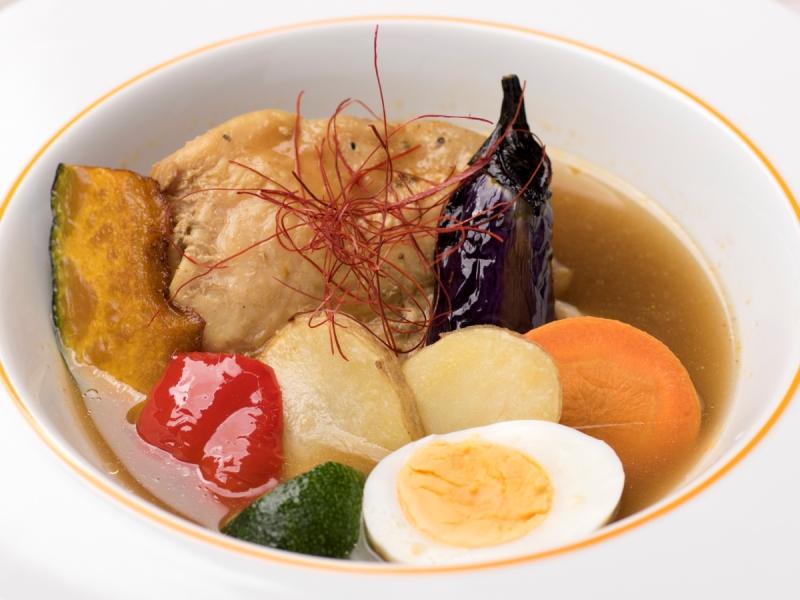 【イゾラ2000】やわらかチキンのスープカレー 1,380円