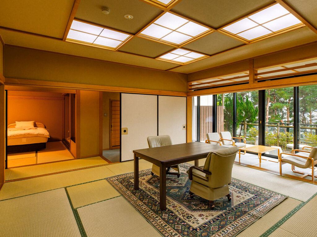 【新館鳳凰・ベッド付き特別室】お部屋一例