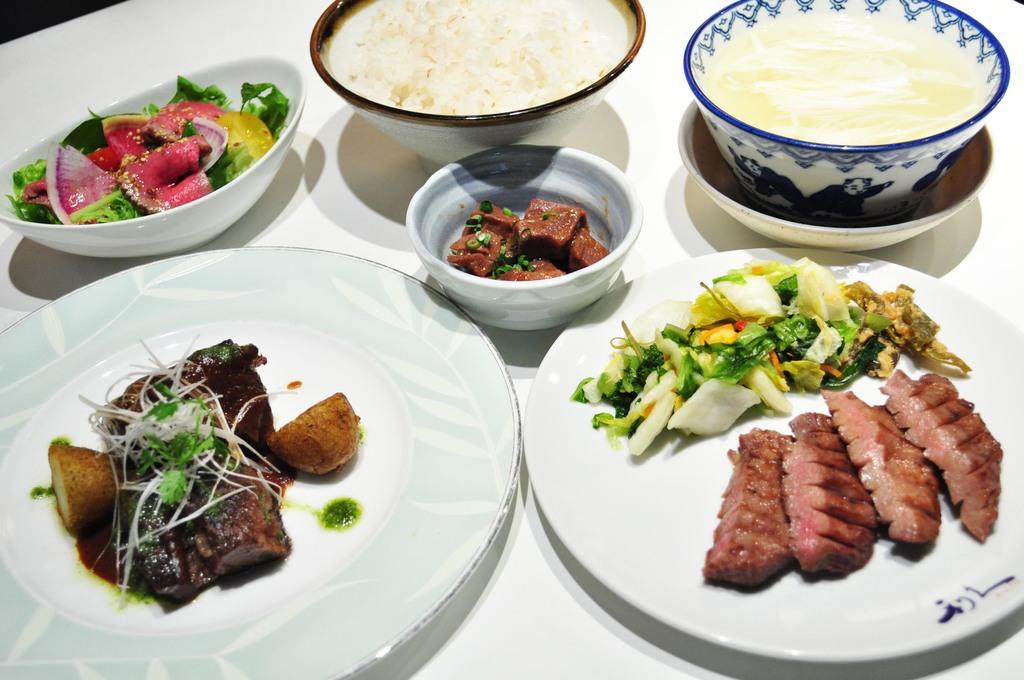 牛タン焼&牛タンステーキ定食