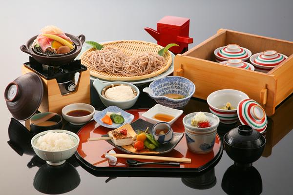 女性に大人気の「豆腐とそば会席」(イメージ)