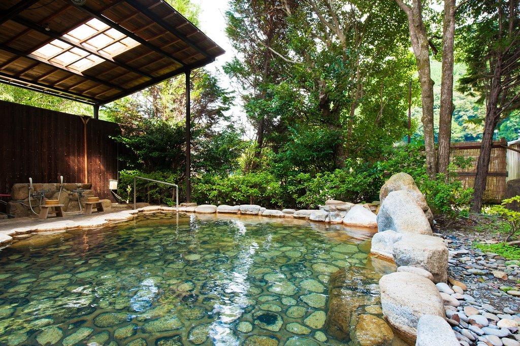 【日本屈指の貸切露天風呂】6:00〜23:30の時間帯で空きがあれば無料で利用できます【予約不可】