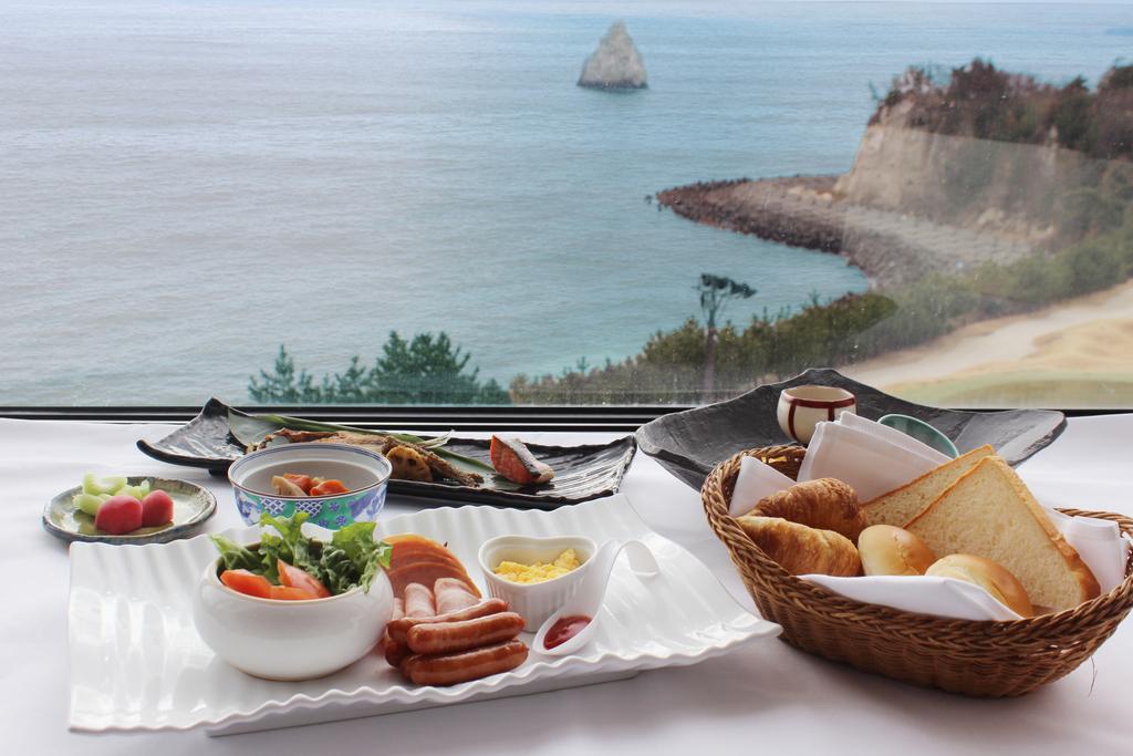太平洋を眺めながら朝食を・・・